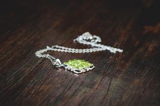 jewellery-1633124_1280