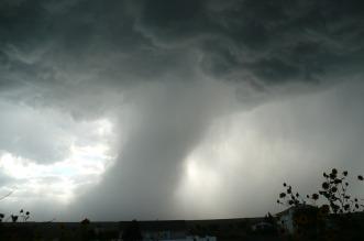 tornado-459265_1280