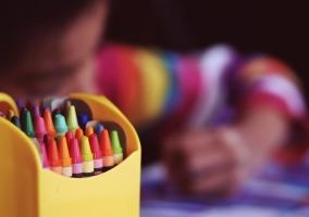 crayons-1209804_1280