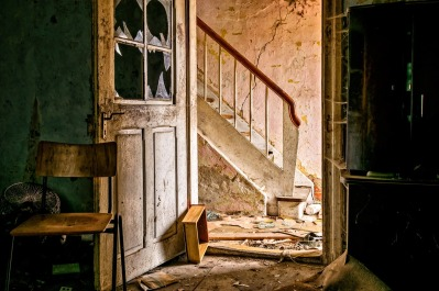 lost-places-3035877_1280